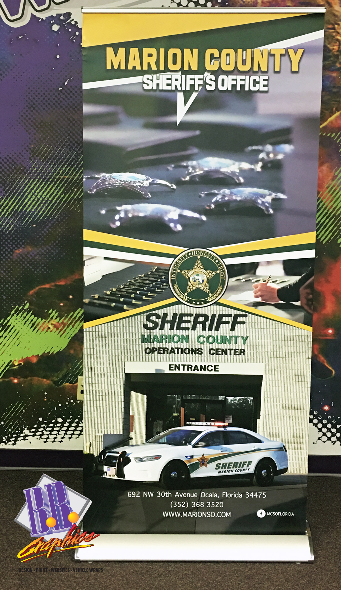 Mcsheriff retractable banner bb graphics the wrap pros for Banner wrap