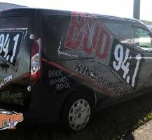BUD 94.1 Radis Station Van Back